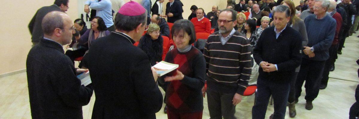 Chiusura e libro sinodo diocesano pontino